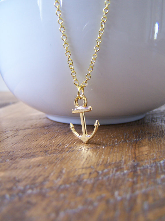 Barberry & Lace anchor necklace